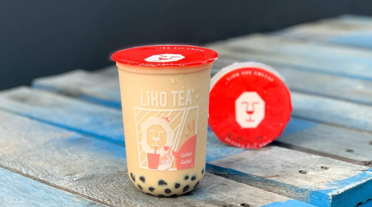 a LiHO TEA Milk Tea with Black Pearls